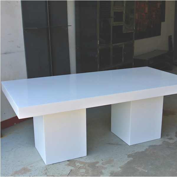 TABLE PUR COLOR